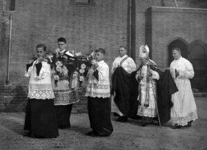 Inwijding van de kerk door Mgr. A.J. Callier